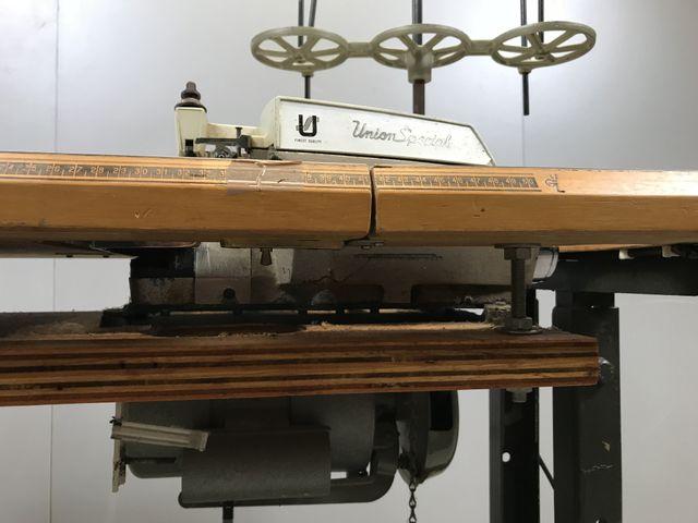 Union Spezial 39500 3 Faden Industrie Overlock Nähmaschine Overlockmaschine – Bild 3