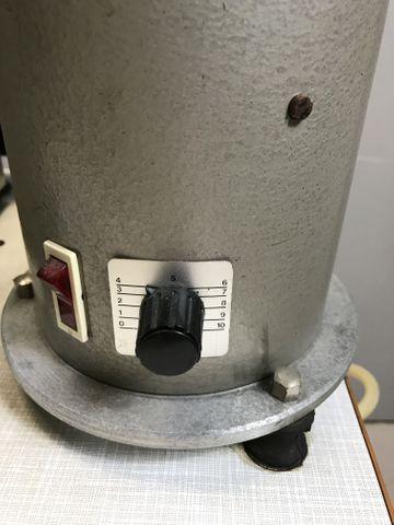 PFAFF 3306-1/01-B Industrie-Nähmaschine Knopfnähmaschine Knopfannähautomat  – Bild 5