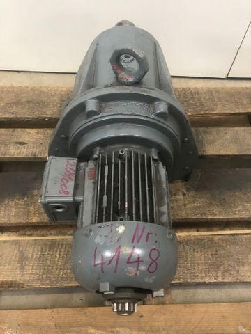Bauer G43-11/DK84-200 Getriebemotor Elektromotor 230/380V 0,55 kW 1420 U/min – Bild 4