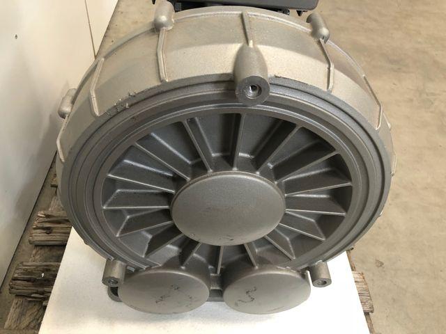 Becker Seitenkanalverdichter Vakuumpumpe FDR112 mit Frequenzumrichter V 7,5 kW  – Bild 10