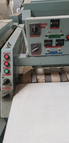 Poensgen Industriewäschemangel MA80-3-2-7 mit Eingabemaschine und 2 Faltmaschinen – Bild 5