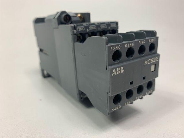 ABB KC62E Leistungsschütz Kontaktor FPH1423001R0621 Hilfsschütz – Bild 1