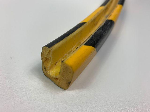 Eckschutz ca. 146 cm Schutzprofil Kantenschutz Stoßschutz ca. 7 mm Spaltmaß – Bild 1
