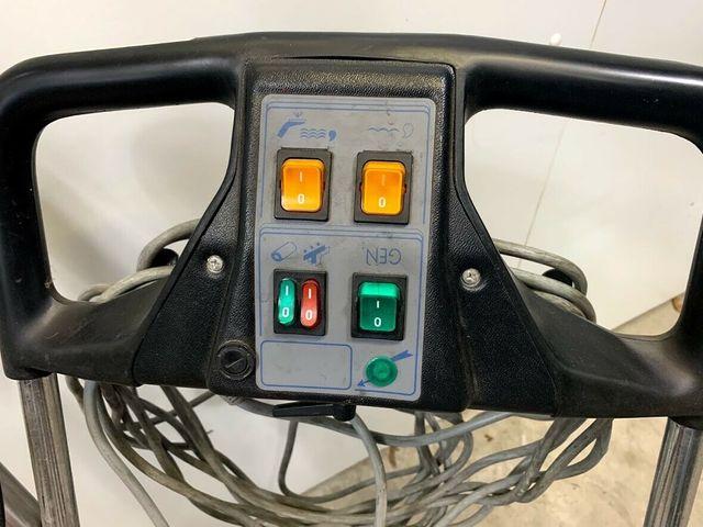 Portotecnica Lavamatic E35 Scrubber Reinigungsgerät Wäscher Reinigungswagen – Bild 5