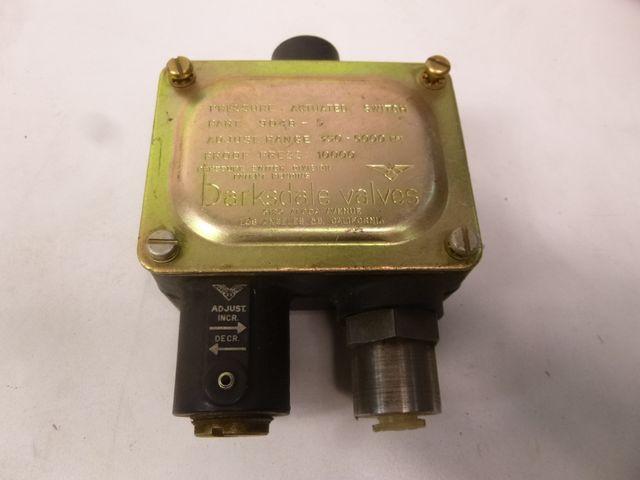 Barksdale Kolbendruckschalter 9048-5 Kolbenschalter Druckschalter  – Bild 1