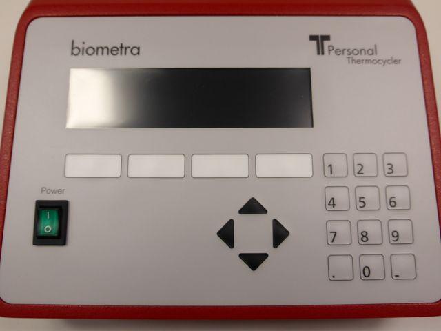 Biometra T-Personal 48 Thermocycler Thermoblock Heizgerät 48 x 0,2 ml Röhrchen – Bild 3