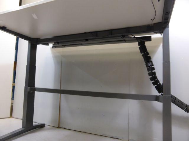 Steelcase elektrisch höhenverstellbarer Schreibtisch 68-120cm Lift-Tisch – Bild 3