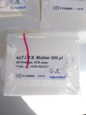 epT.I.P.S. Motion pipette tips, mit Filter, PCR clean, 300 µL, 1056 Tips (11 Racks × 96 Tips) – Bild 2