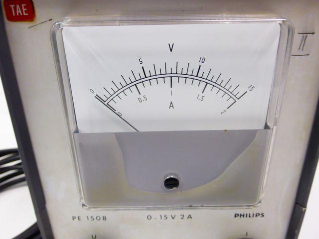 Philips PE 1508 Labornetzteil Netzteil Stromversorgung 0-15V 2A – Bild 4