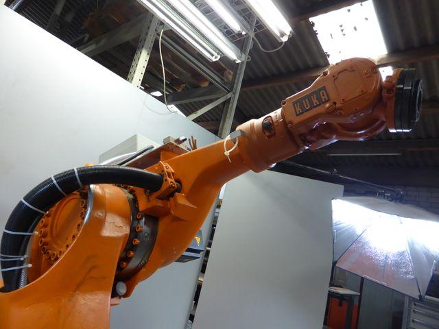 Kuka KR 30/1 Industrieroboter Roboter Manipulator  – Bild 7