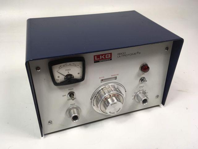LKB Bromma 8800 Control Unit Ultrotome III Schneidesystem Ultramikrotomie  – Bild 1