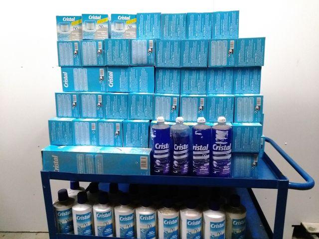 Posten 64 Teile Cristal Poolzubehör Härtestabilisator Kartuschenfilter Klareffekt  – Bild 1