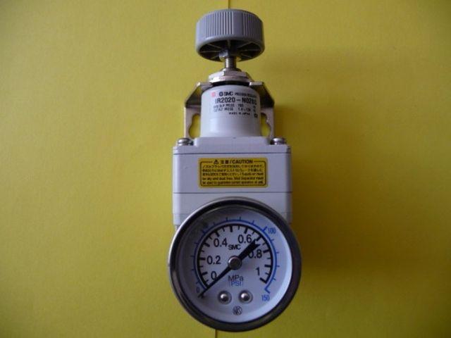 Druckluft Druckregler SMC IR2020 – Bild 1