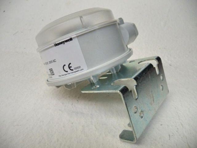 Honeywell Druckluft Differenzdruckwächter DS 110 – Bild 3
