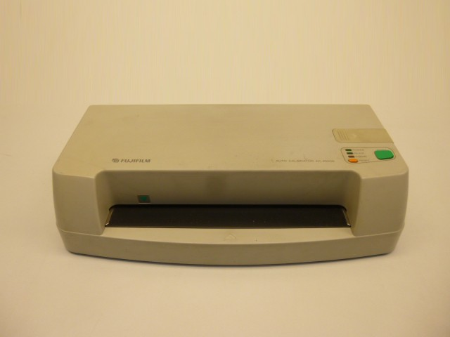 Fujifilm AC-4000B AC4000B Auto Calibrator – Bild 1