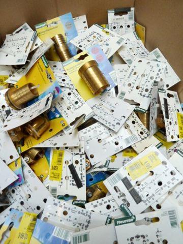 443 Stück Posten Fleurelle Sortiment Tülle T-Stücke Schnellkupplung Messing *NP 4765€ – Bild 1