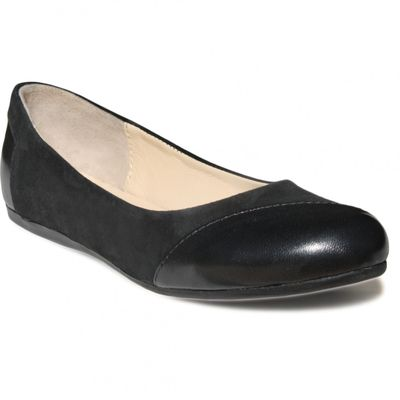 Ballerinas made ​​of genuine leather in black – image 1