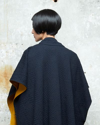 MERINO CAPE (ABSTRACT HERRINGBONE KNIT) – image 3