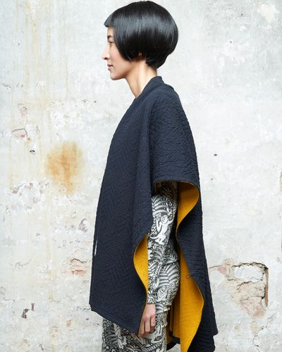 MERINO CAPE (ABSTRACT HERRINGBONE KNIT) – image 5