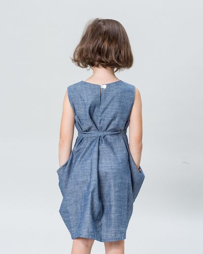 CROSSOVER BELT DRESS DENIM – image 2