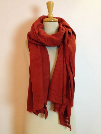 DUNKELROT - Ahimsa Khadi Silk Shawl - natural dyed