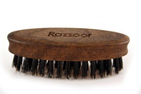 RAZZOOR Oval beard brush Walnut, with genuine bristles – Bild 2