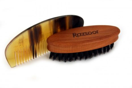 RAZZOOR Beard Trimming, Set Of 2 - Wooden Beard Brush With Genuine Boar Bristle And Buffalo Horn Comb – Bild 1