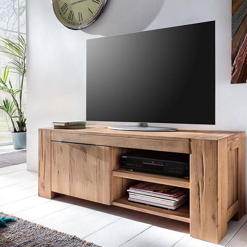 Lowboard mit TV Gerät
