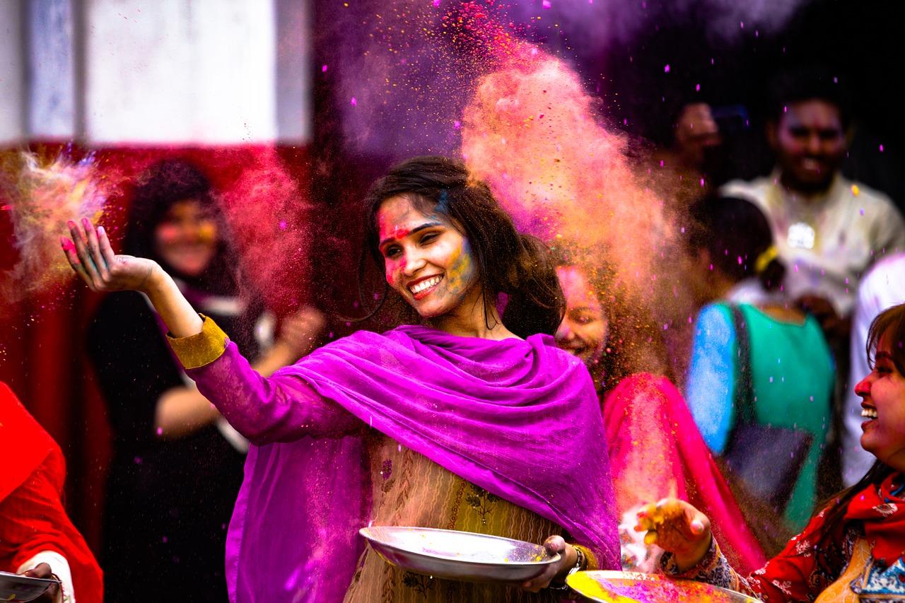 Holi Frau Indien