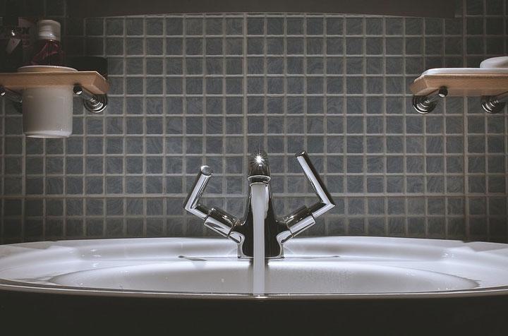 Waschbecken / Bild von Free-Photos auf Pixabay