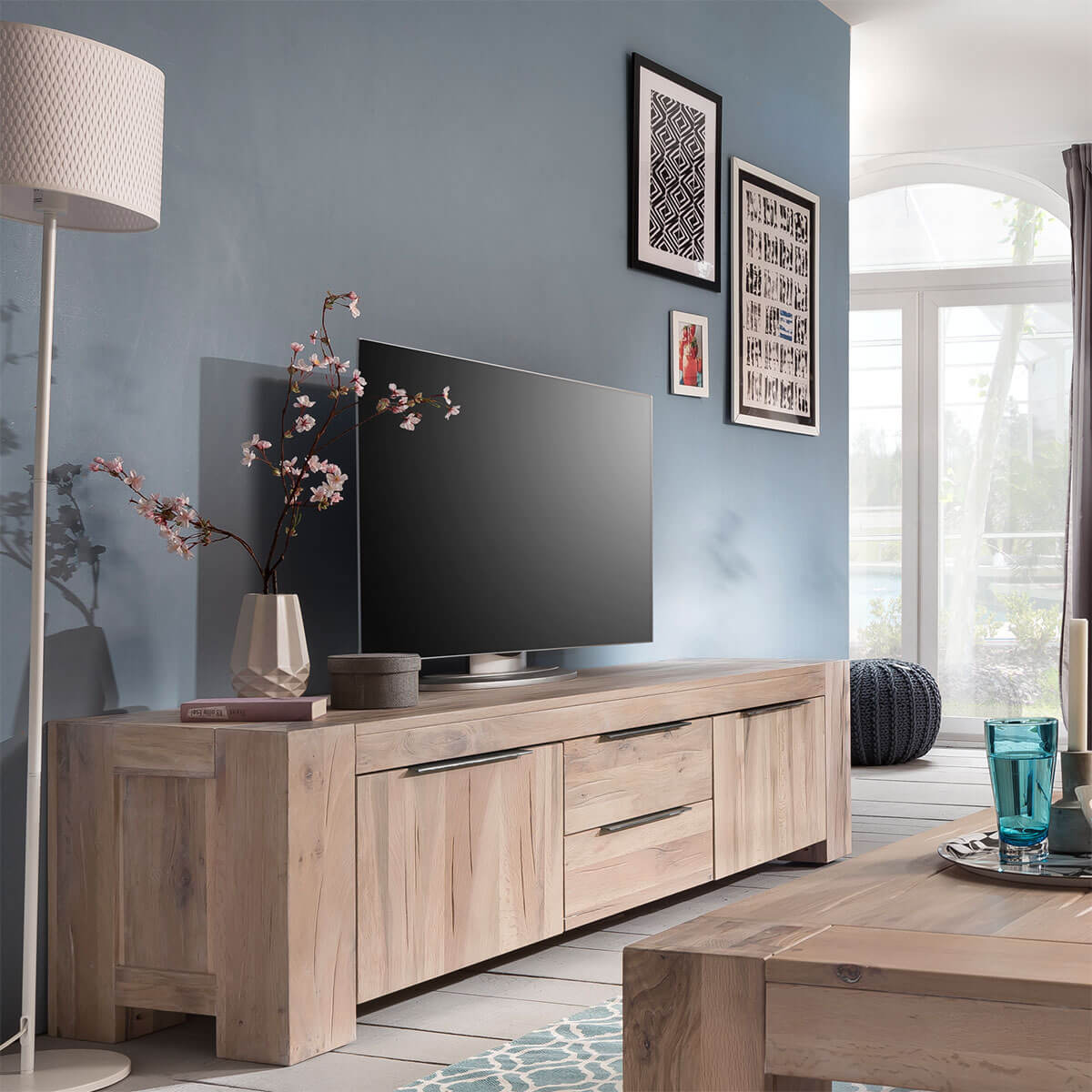 tv lowboard granby in eiche white wash 190 cm. Black Bedroom Furniture Sets. Home Design Ideas