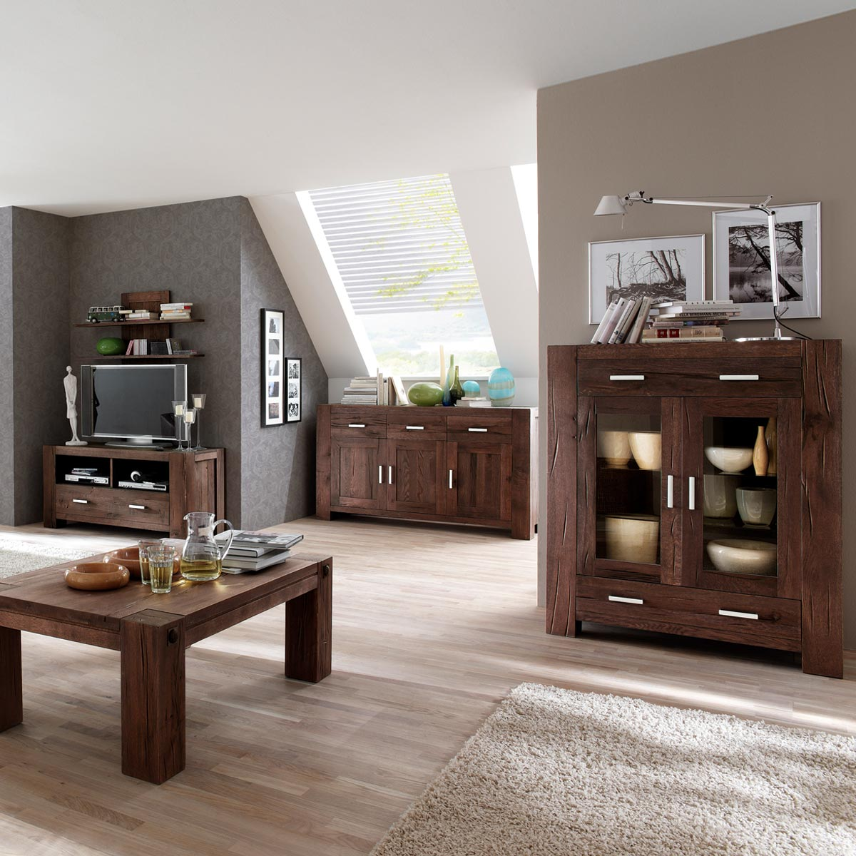 tv board braxton in eiche massiv verwittert antik. Black Bedroom Furniture Sets. Home Design Ideas