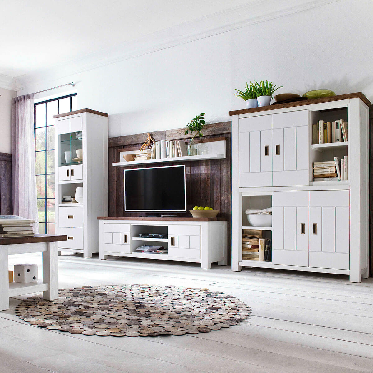 tv lowboard havana in akazie massiv wei braun. Black Bedroom Furniture Sets. Home Design Ideas