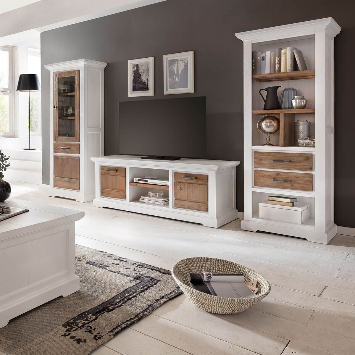 tv lowboard lale in wei braun 155cm breit. Black Bedroom Furniture Sets. Home Design Ideas