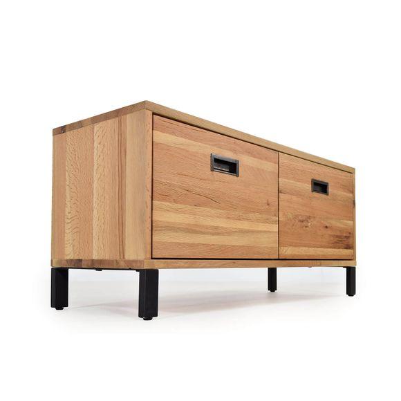 was ist eine garderobe erkl rt im m bellexikon. Black Bedroom Furniture Sets. Home Design Ideas