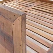 Bett Kumasi aus Massivholz in Antik Braun 198 x 213 cm – Bild 2