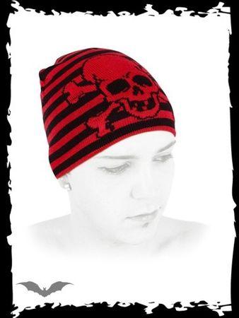 rot, schwarze Mütze mit großem Totenkopf