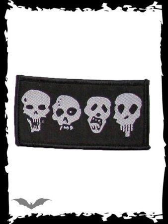 schwarzer Patch mit 4 Skulls