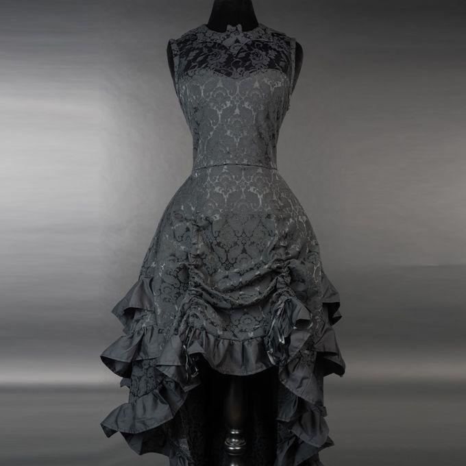 BAT BUSTLE DRESS: Vokuhila Kleid aus Brokat