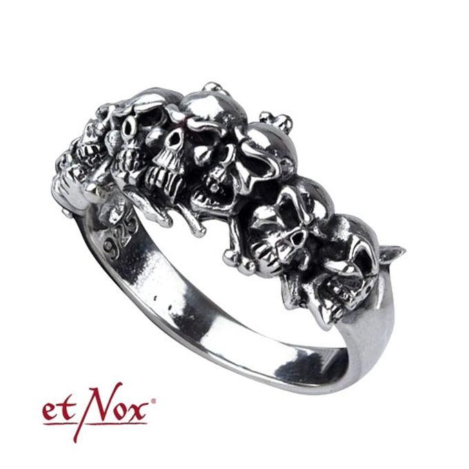 Silberring Skulls - schmaler Ring mit Totenköpfen