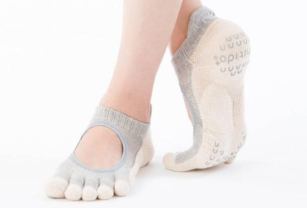 Zehensocken für Pilates mit integriertem Fußbett für eine korrekte Körperhaltung