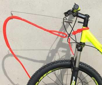 Bikeantenne Crussis Bikeschlupf mit Panikhaken und Reißleine sowie Zugleine mit Ruckdämpfer von Huskytec