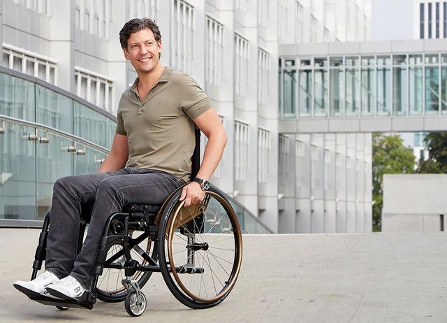Dietz AS [01] Adaptiv-Rollstuhl System Aktivrollstuhl für individuelle Anforderungen