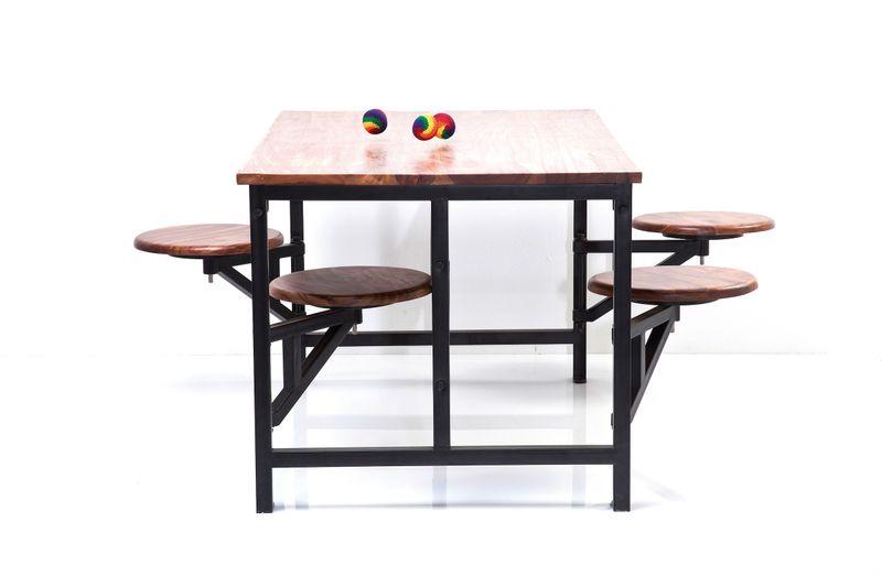 Tisch + Hocker Space 5-tlg.