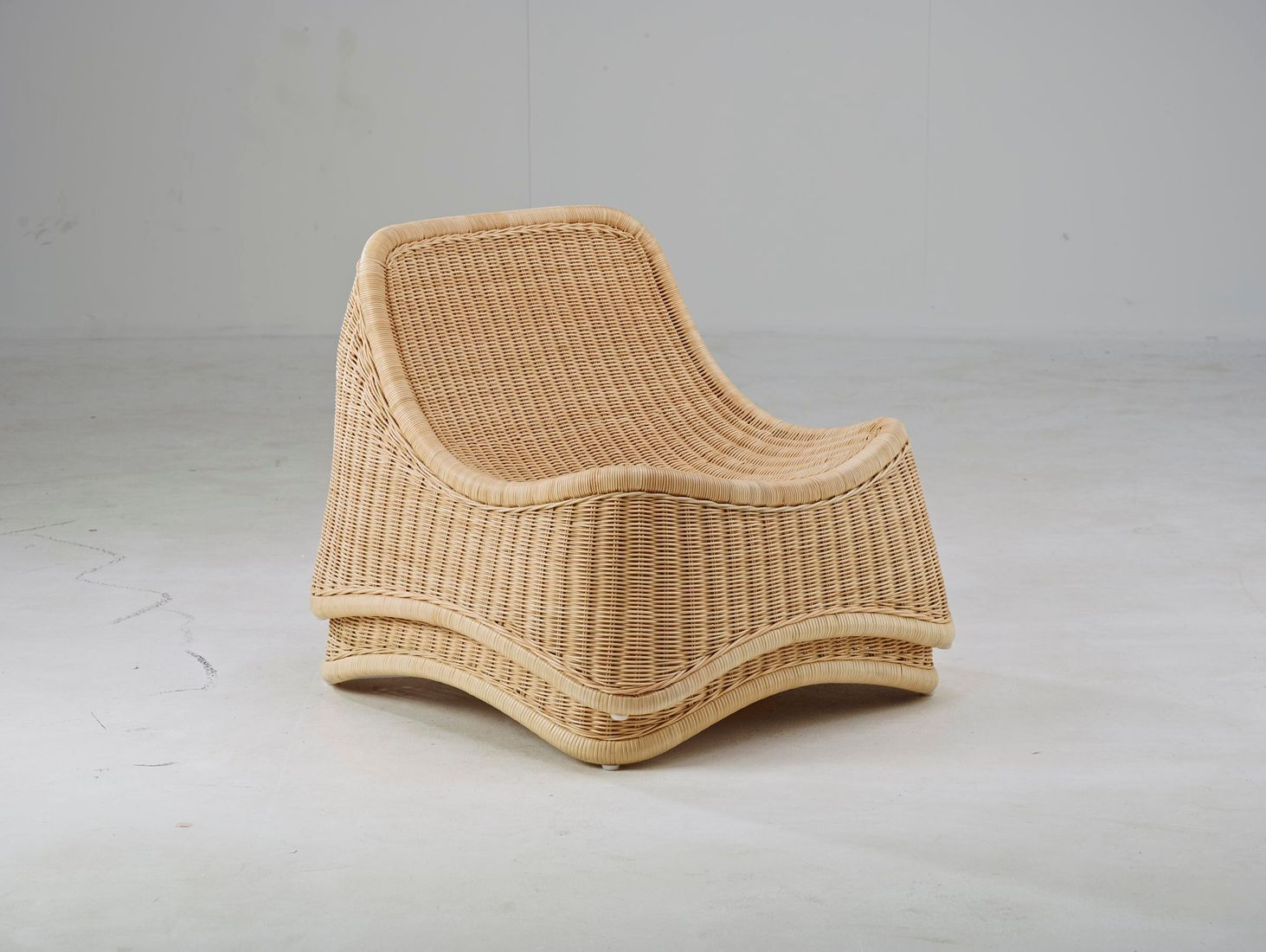 outdoor rattan sessel chill mit hocker design by nanna. Black Bedroom Furniture Sets. Home Design Ideas
