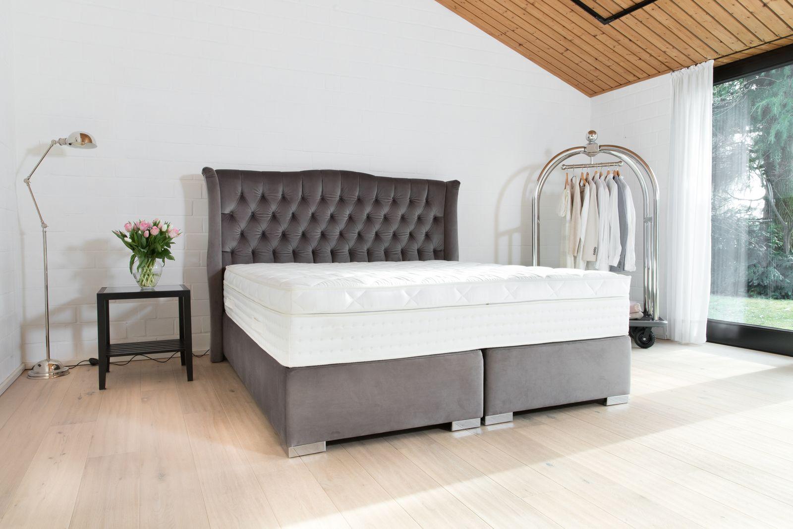boxspringbett espressivo nach ma handgefertigt in deutscher manufaktur. Black Bedroom Furniture Sets. Home Design Ideas