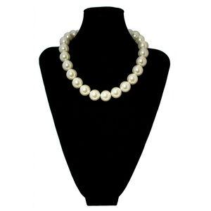 hübsche Kette Perlenkette Perlen Perlmutt schlicht zeitlos glänzend weiss creme – Bild 2