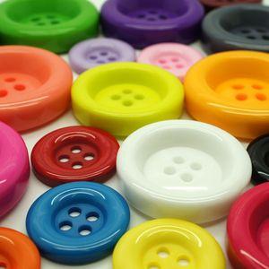 Knopfset in verschiedenen Farben und Größen – Bild 2