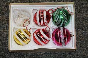 Glaskugeln Christbaumschmuck 50er verschiedene Farben