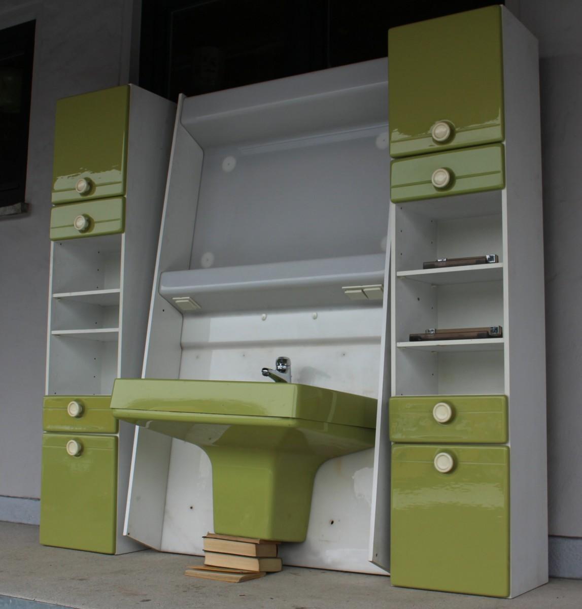 badmöbel waschbecken badschrank badezimmer einrichtung grün 70er, Badezimmer ideen